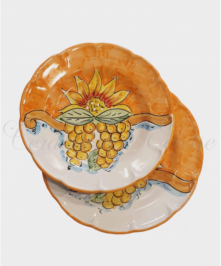 Piatto in ceramica di vietri girasole e frutta Arancione con uva