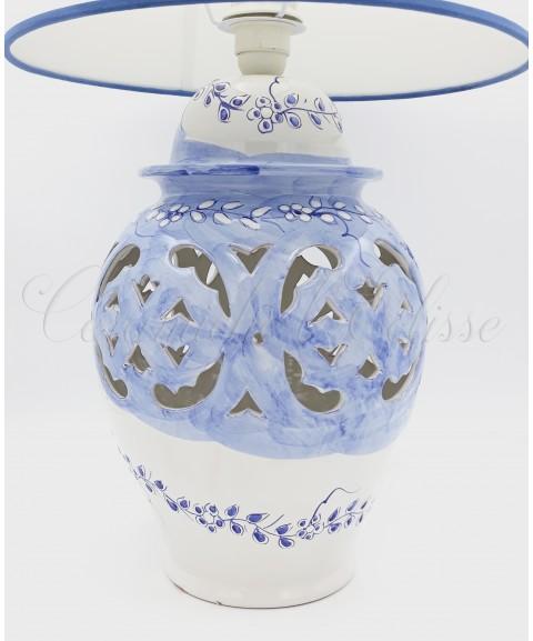 Lampada Da Tavolo In Ceramica Traforata A Fiori A Rilievo